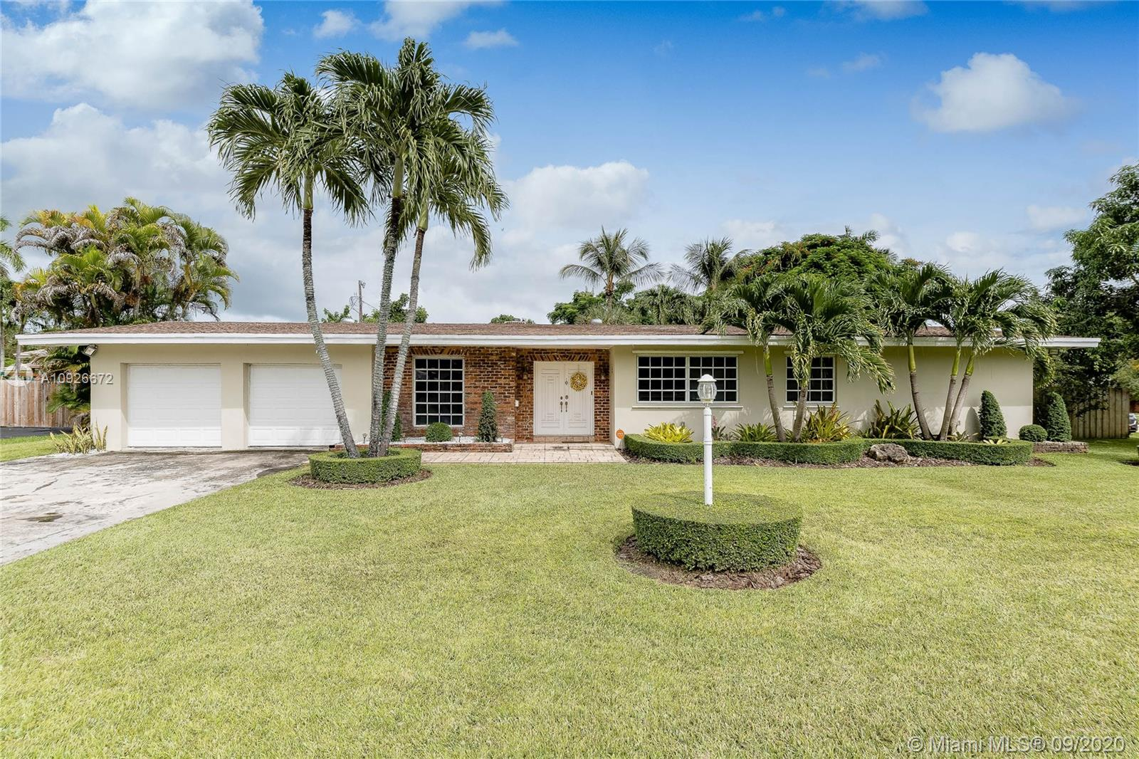 15285 SW 84th Ave  For Sale A10926672, FL