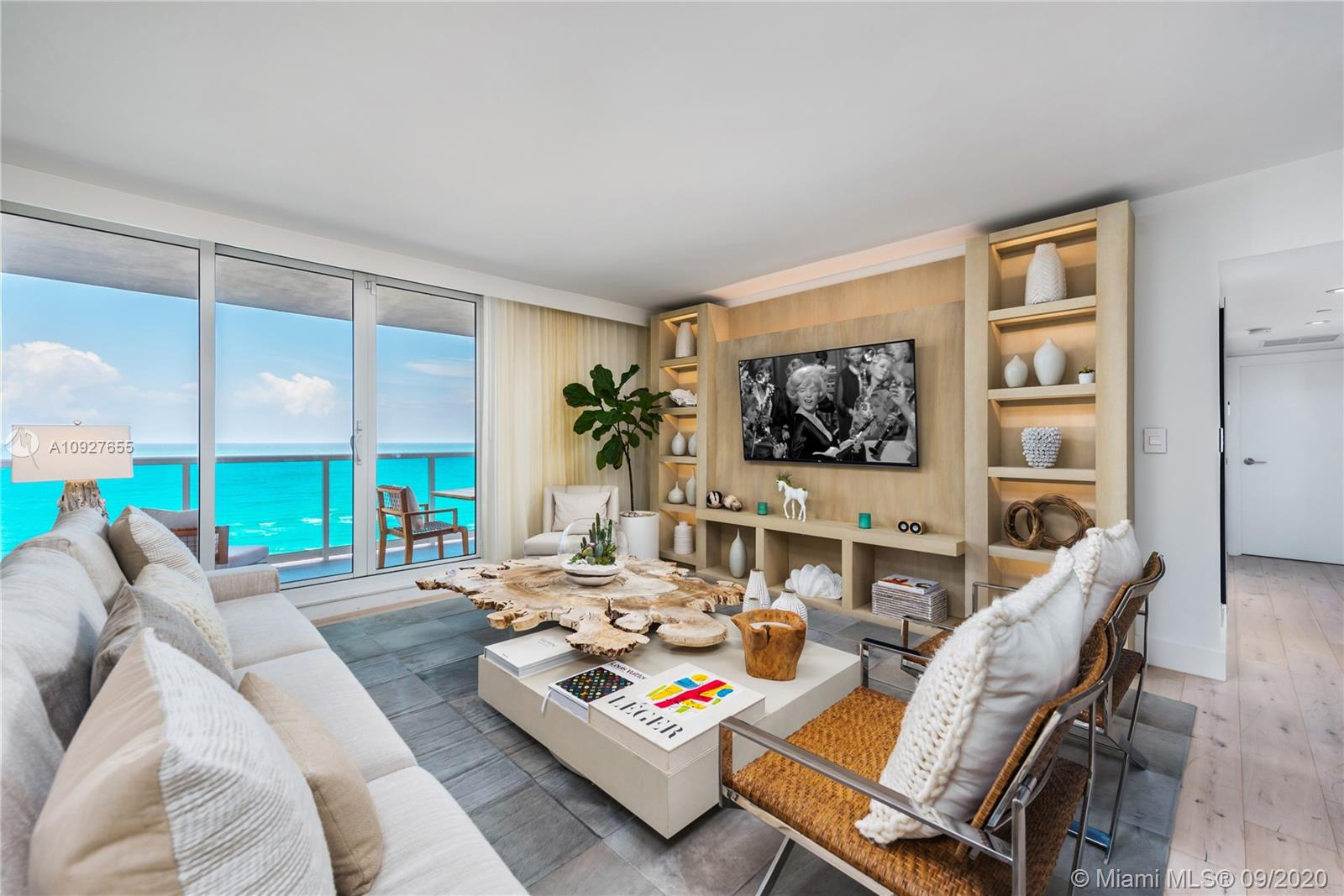 102  24th St #1440 For Sale A10927655, FL
