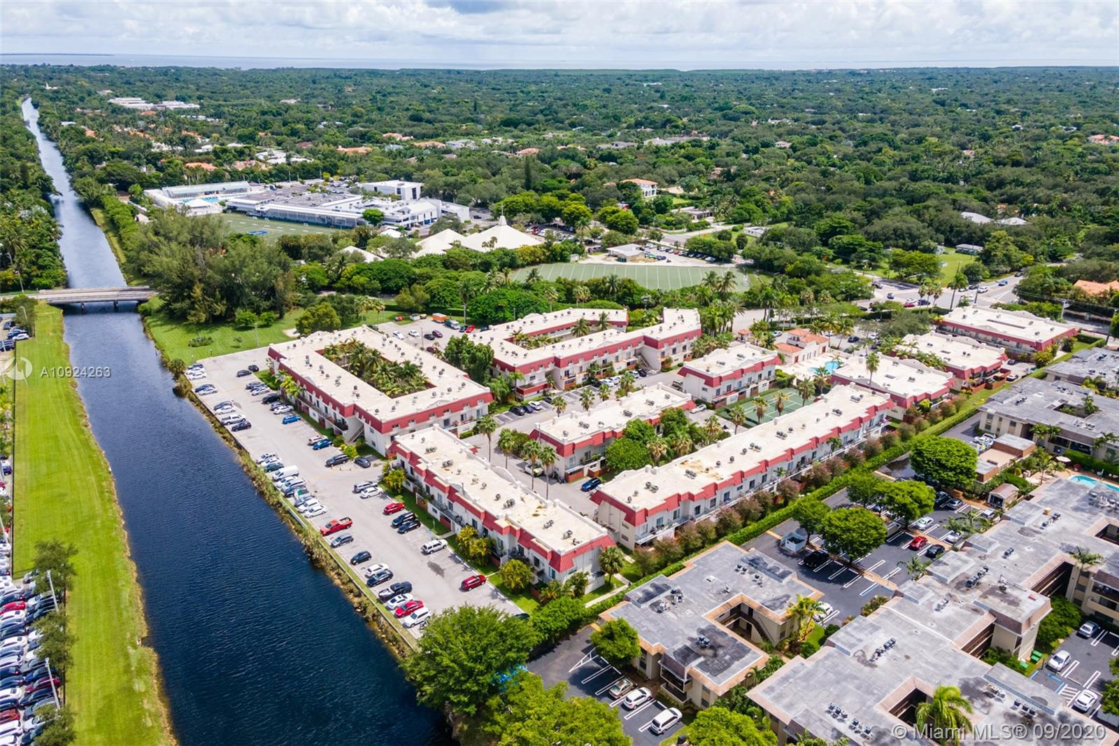 6709 N Kendall Dr #229 For Sale A10924263, FL