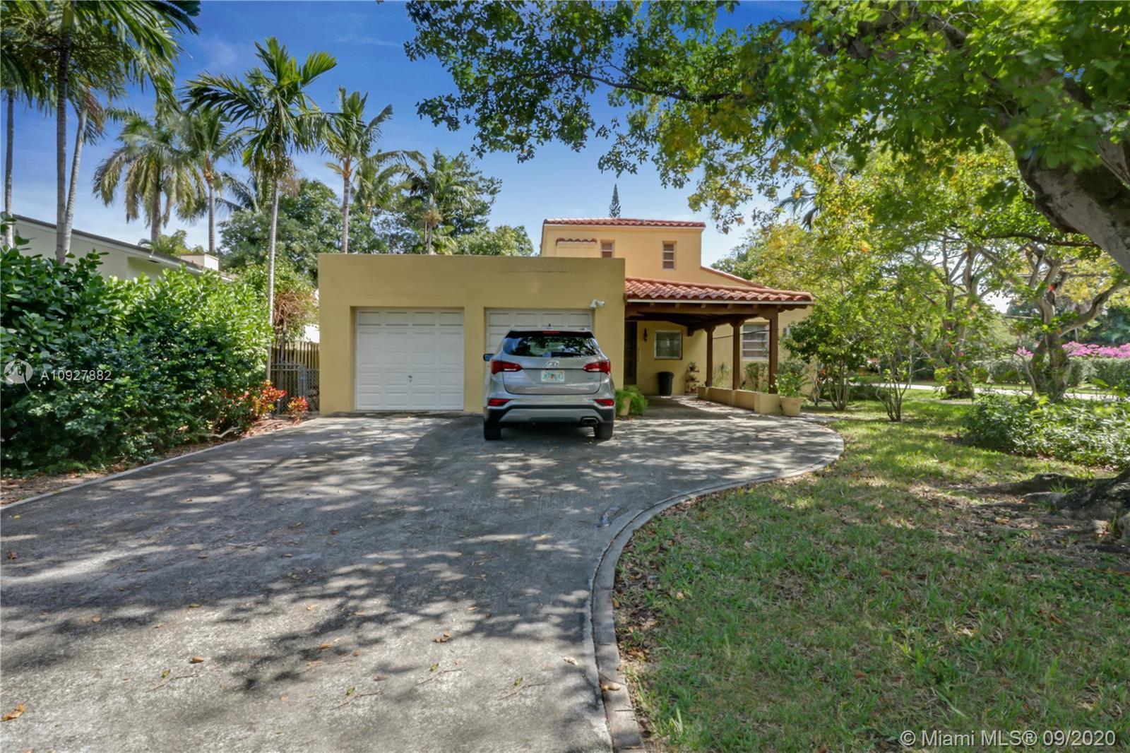 441 W 34th St  For Sale A10927882, FL