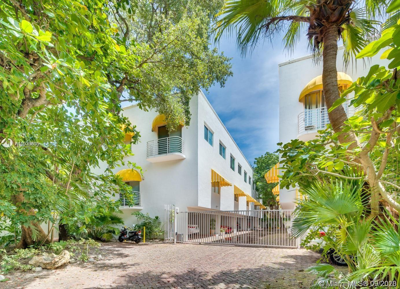 2703  Day Ave #6 For Sale A10926886, FL