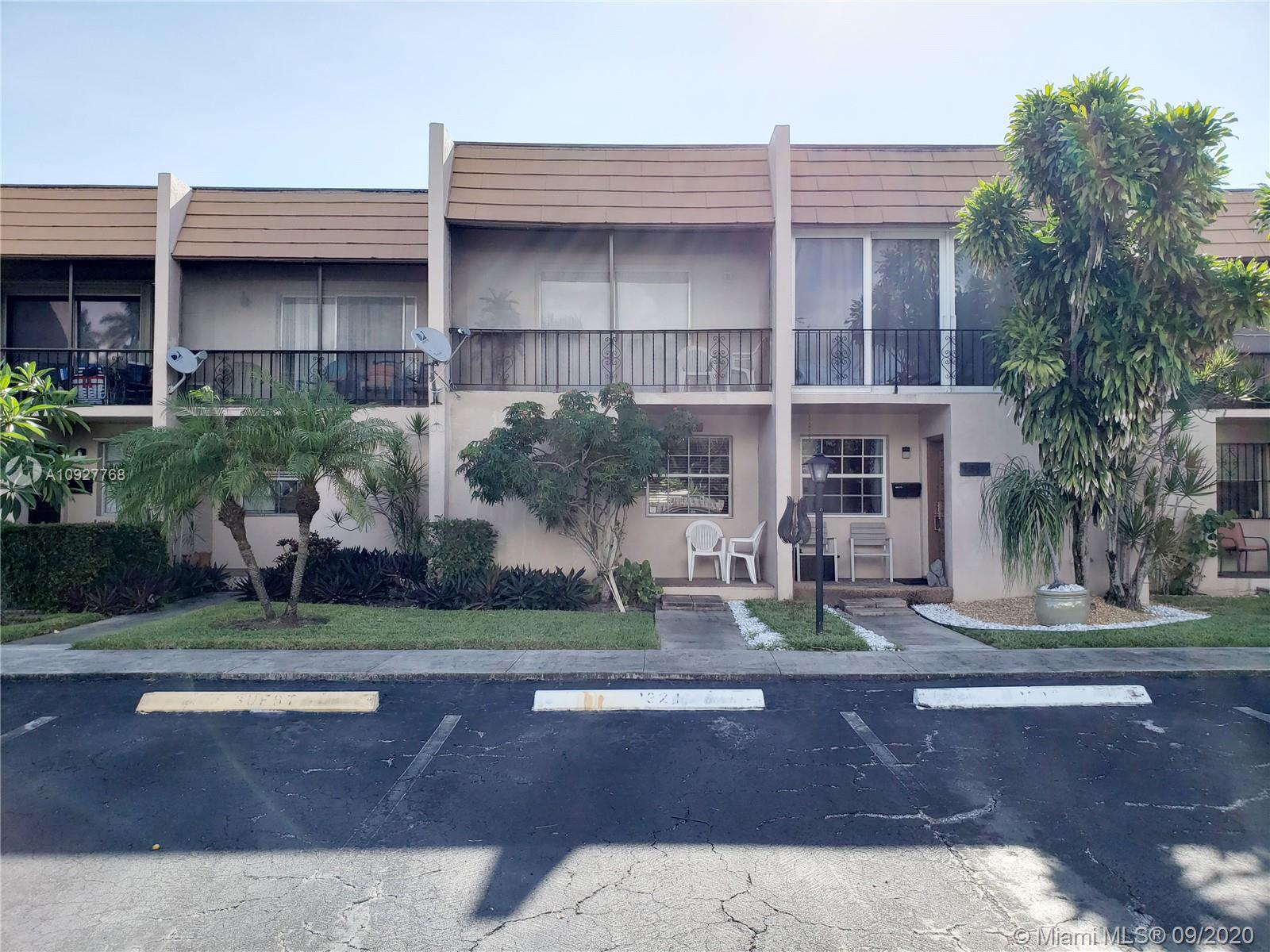 1321 N 15th Ave #25 For Sale A10927768, FL