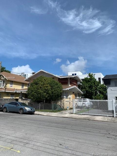 667 NW 1st St  For Sale A10928295, FL