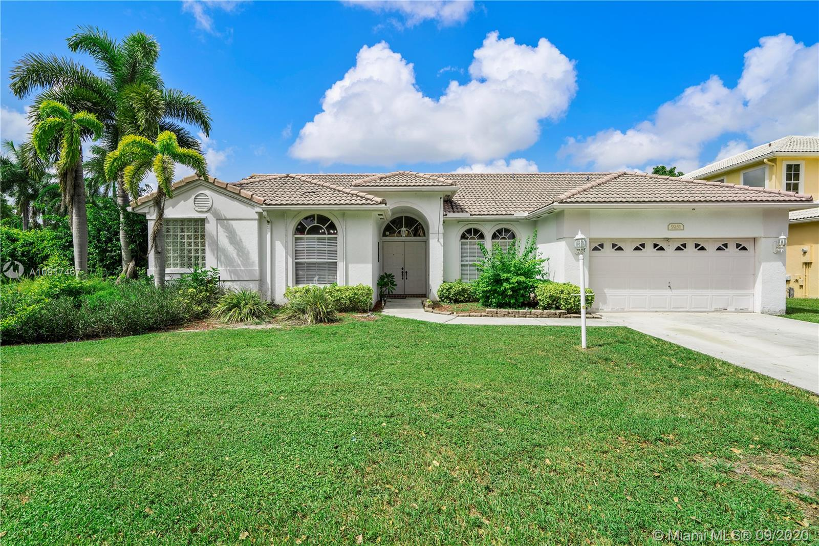 Amazing Opportunity Needs A New Roof Priced Below Market Value! 4 Bed, 2 Bath Waterfront Pool Home Located On Oversized Corner Lot In The Prestigious Coventry Coral Springs. Open White Kitchen Features Stainless Steel Appliances, Corian Countertops, Breakfast Bar + Nook, Recessed Lighting, And Pantry. Home Has Foyer Entry, Vaulted Ceilings, Family Room, Living Room & Formal Dining Area. Tile Flooring Throughout Common Areas. Large Master Suite Overlooks Pool/Lake & Has Vaulted Ceilings, & Dual Closets. Master Bath With Large Vanity Area, Dual Sinks, Separate Roman Tub & Shower. 2nd Hall Bath Has Large White Wood Vanity, Laundry Room W/Washer & Dryer. AC (2014). Newer Water Heater (2017). Covered Patio, Screened Pool, & Lush Landscaping. Lake Views. Low HOA. Don't Miss This Great Deal !!
