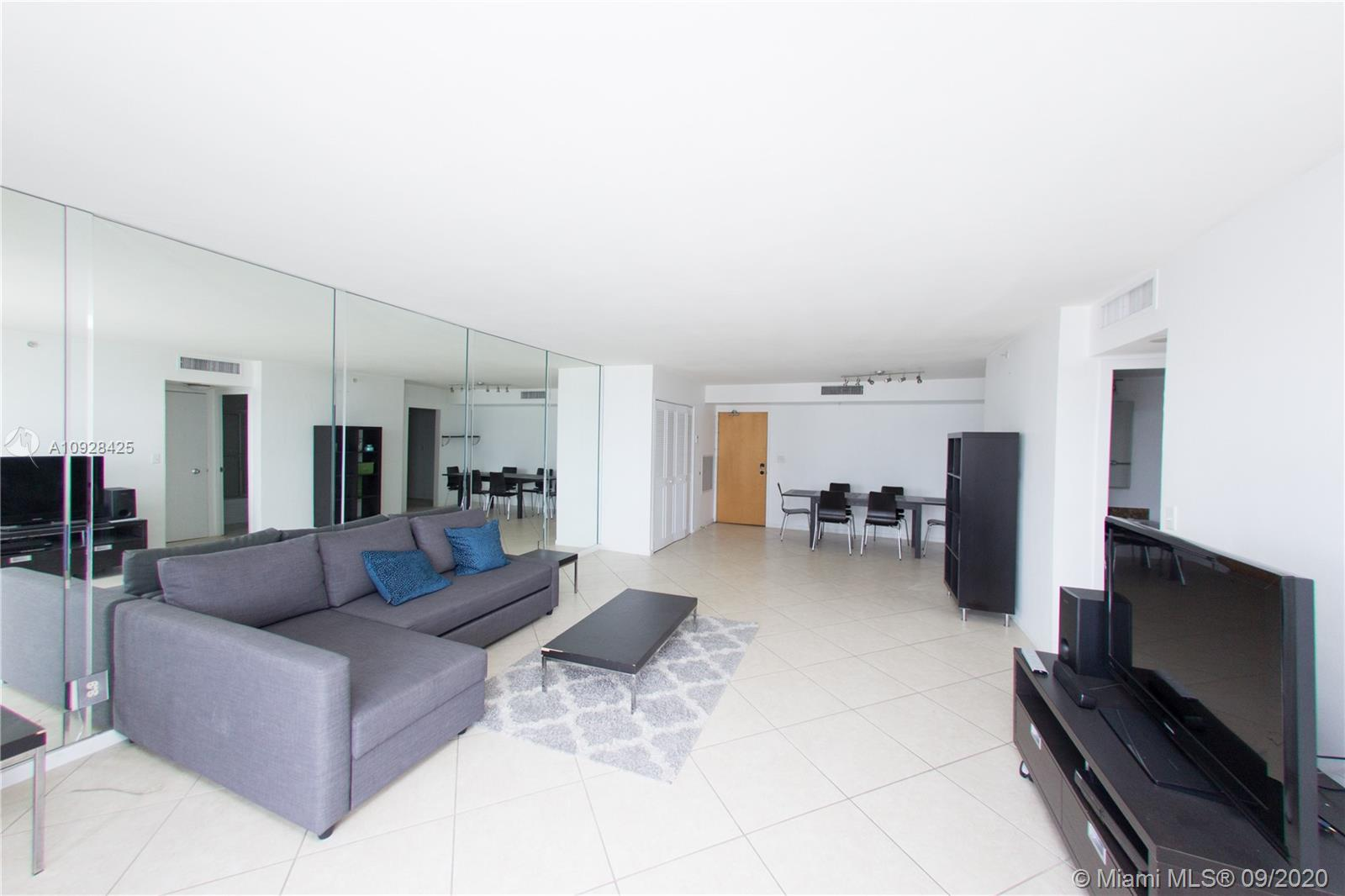 9195  Collins Ave #404 For Sale A10928425, FL