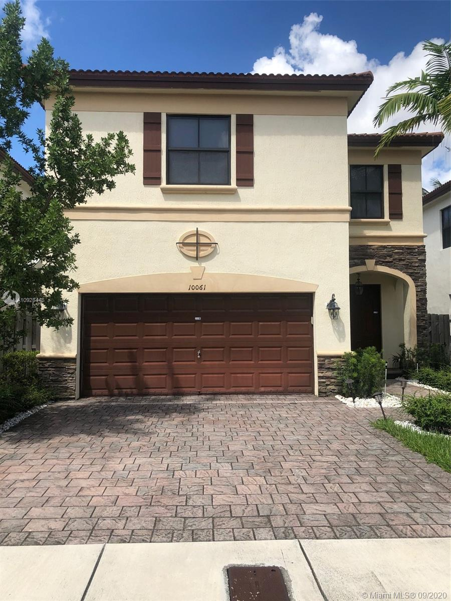 10061 NW 87th Ter  For Sale A10928446, FL