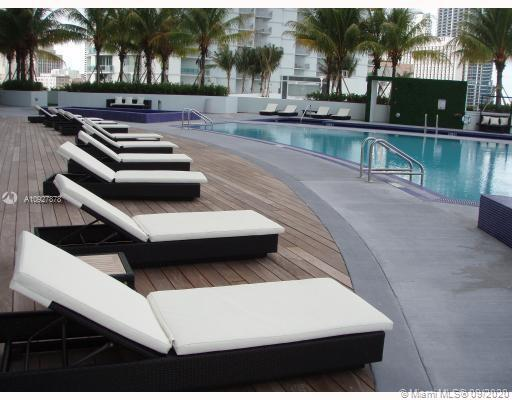 90 SW 3rd St #3901 For Sale A10927878, FL