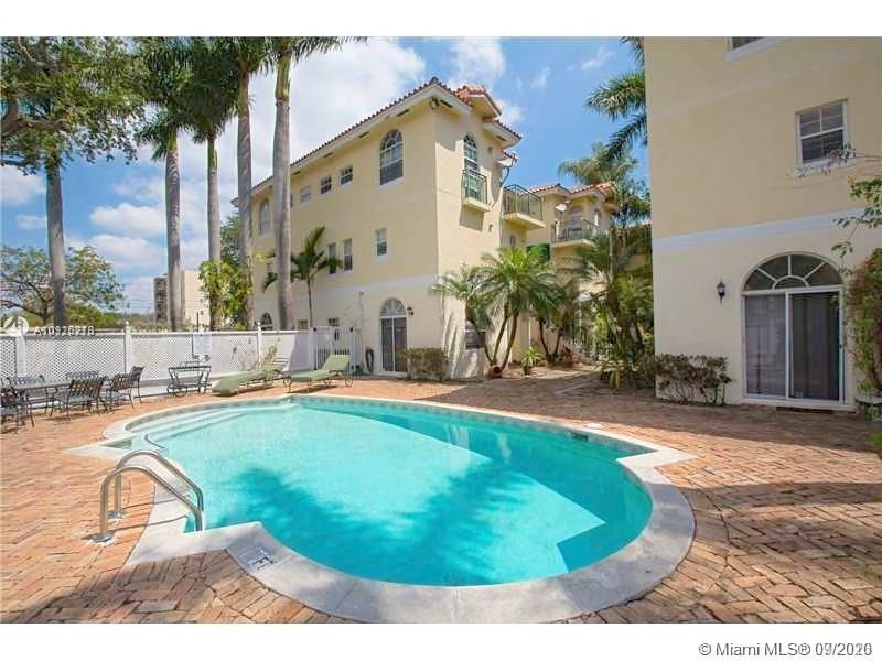 3356  Bird Ave #16 For Sale A10925270, FL