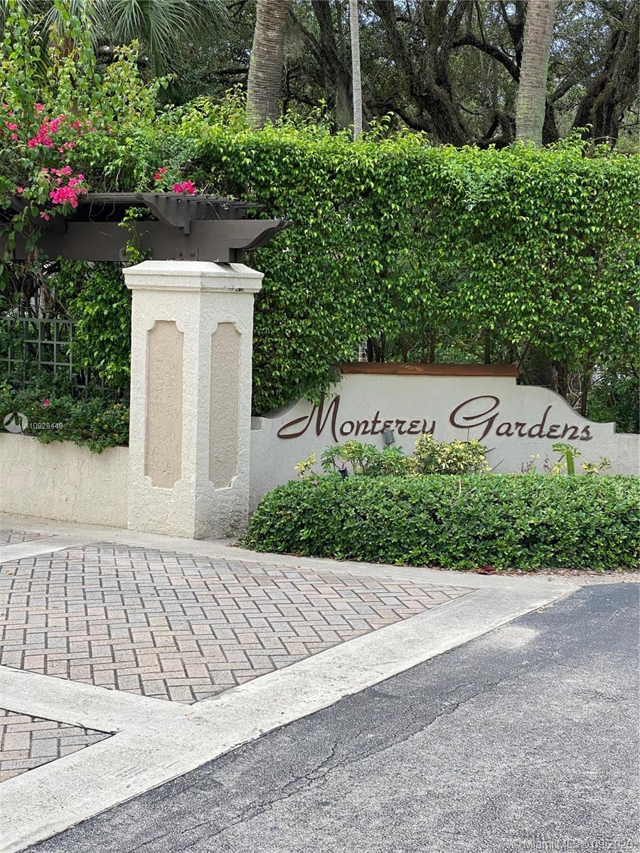 8607 SW 68th Ct #5 For Sale A10928449, FL