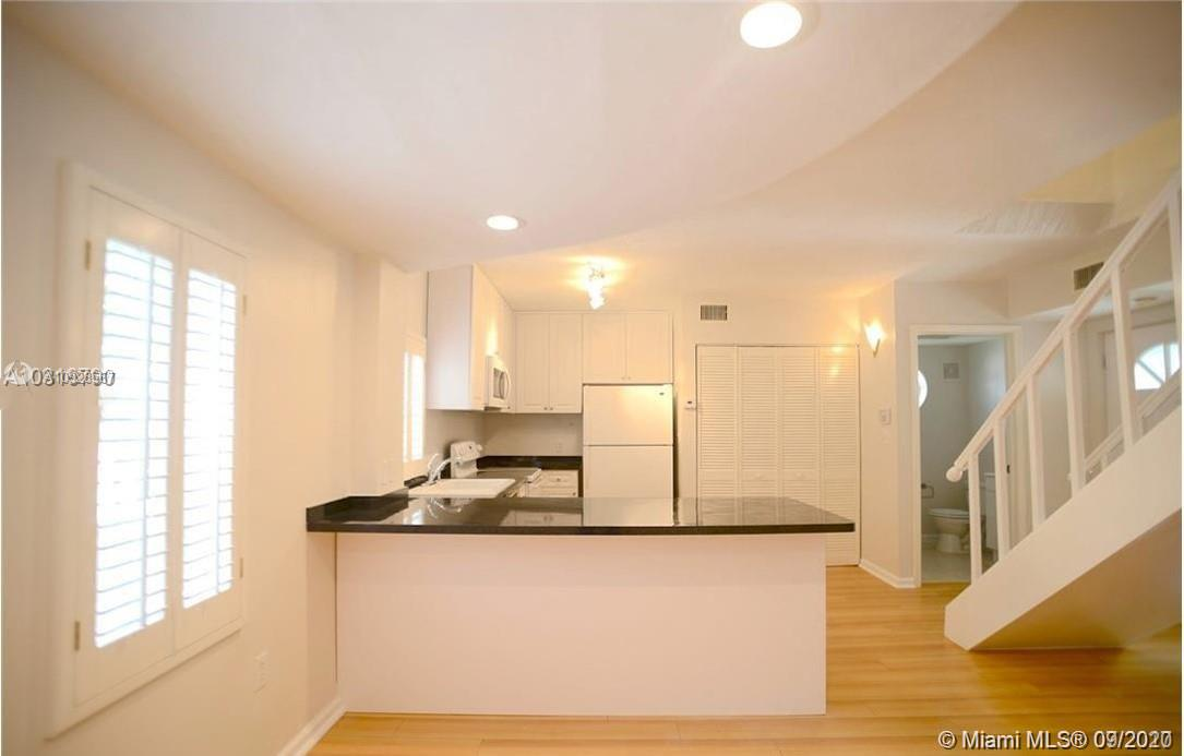 3356  Bird Ave #16 For Sale A10928567, FL