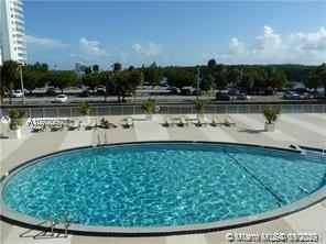 400  Kings Point Dr #104 For Sale A10928607, FL
