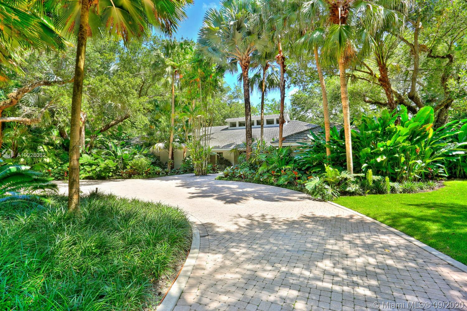 4685 SW 74th St  For Sale A10928082, FL