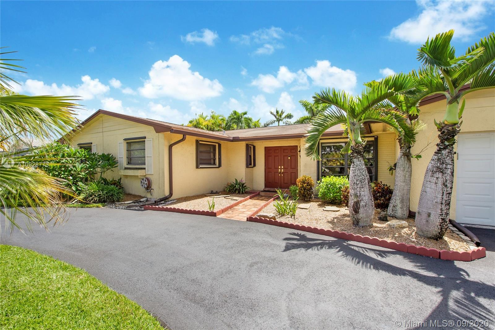14100  Kendale Lakes Blvd  For Sale A10928773, FL