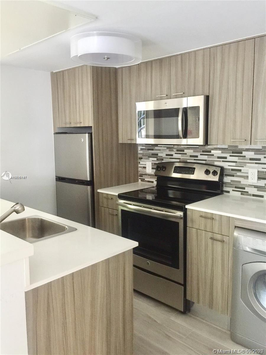 740  Meridian Ave #11 For Sale A10925187, FL