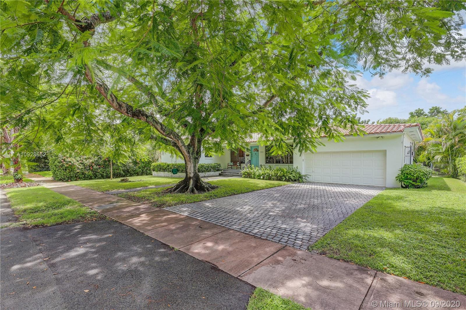 3900  Harlano St  For Sale A10928652, FL