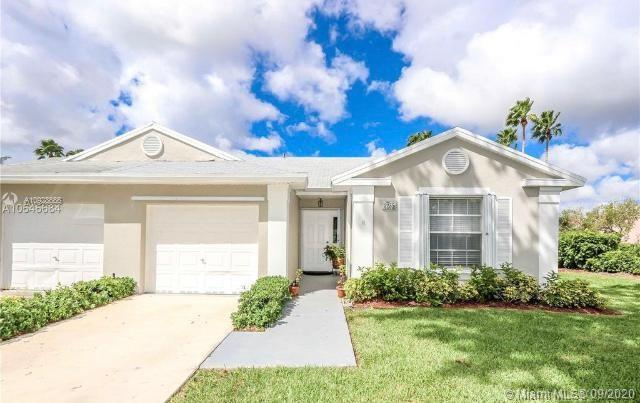 2235 SE 5th Pl  For Sale A10928666, FL
