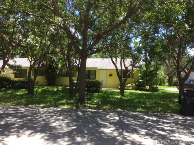 11301 SW 81st Rd  For Sale A10928314, FL