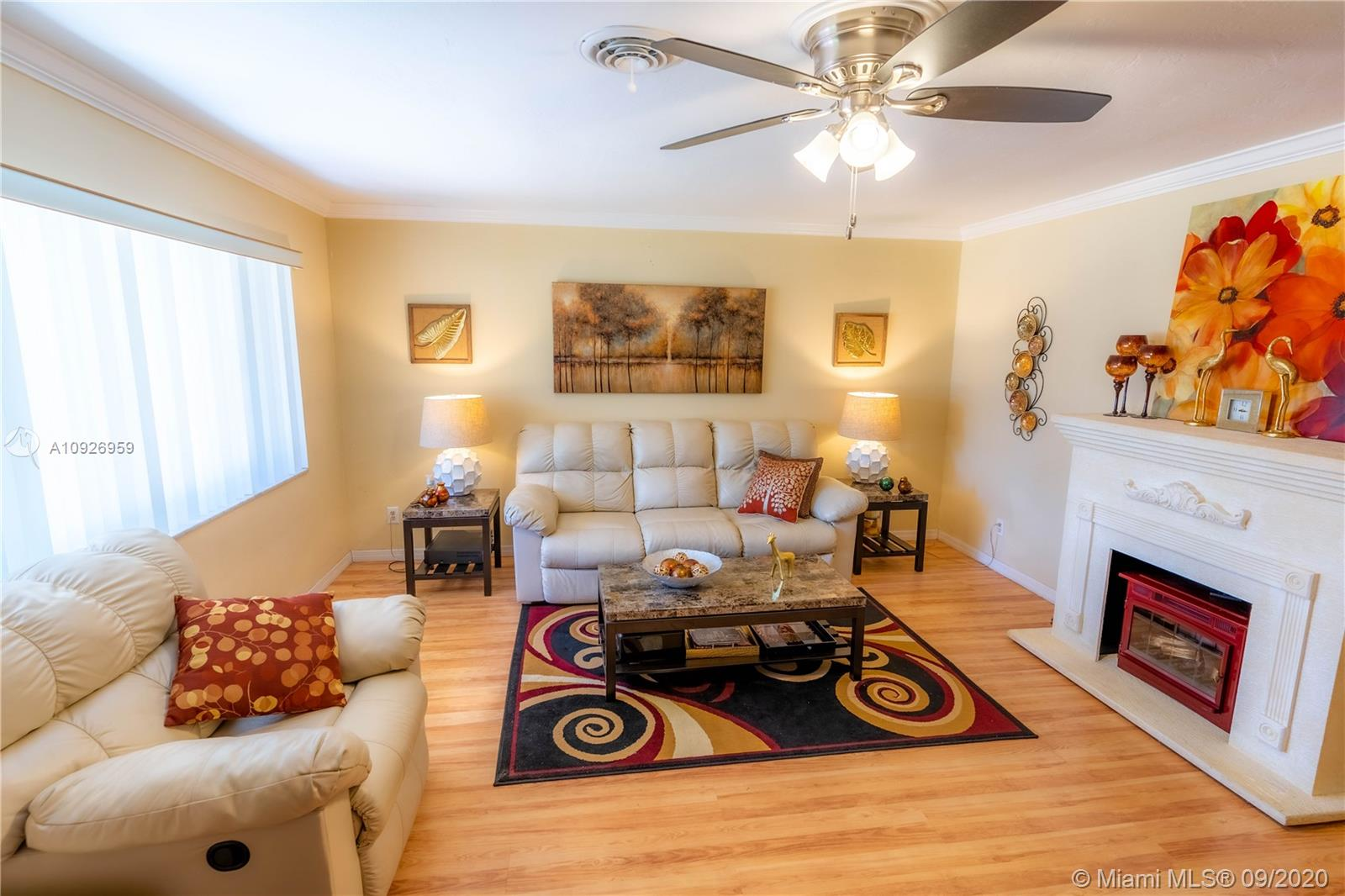 9469 SW 52nd Pl  For Sale A10926959, FL