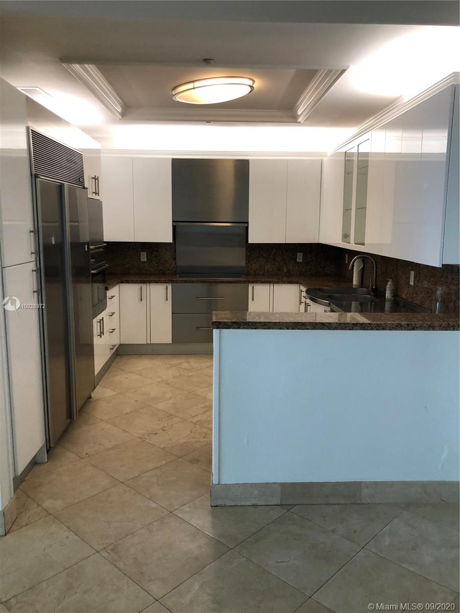 100 S Pointe Dr #2902 For Sale A10928972, FL