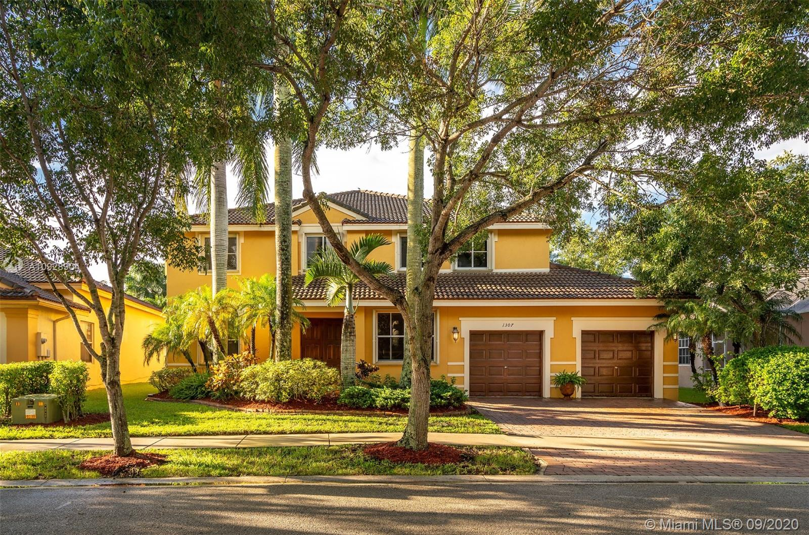 1307  Peregrine Way  For Sale A10928904, FL