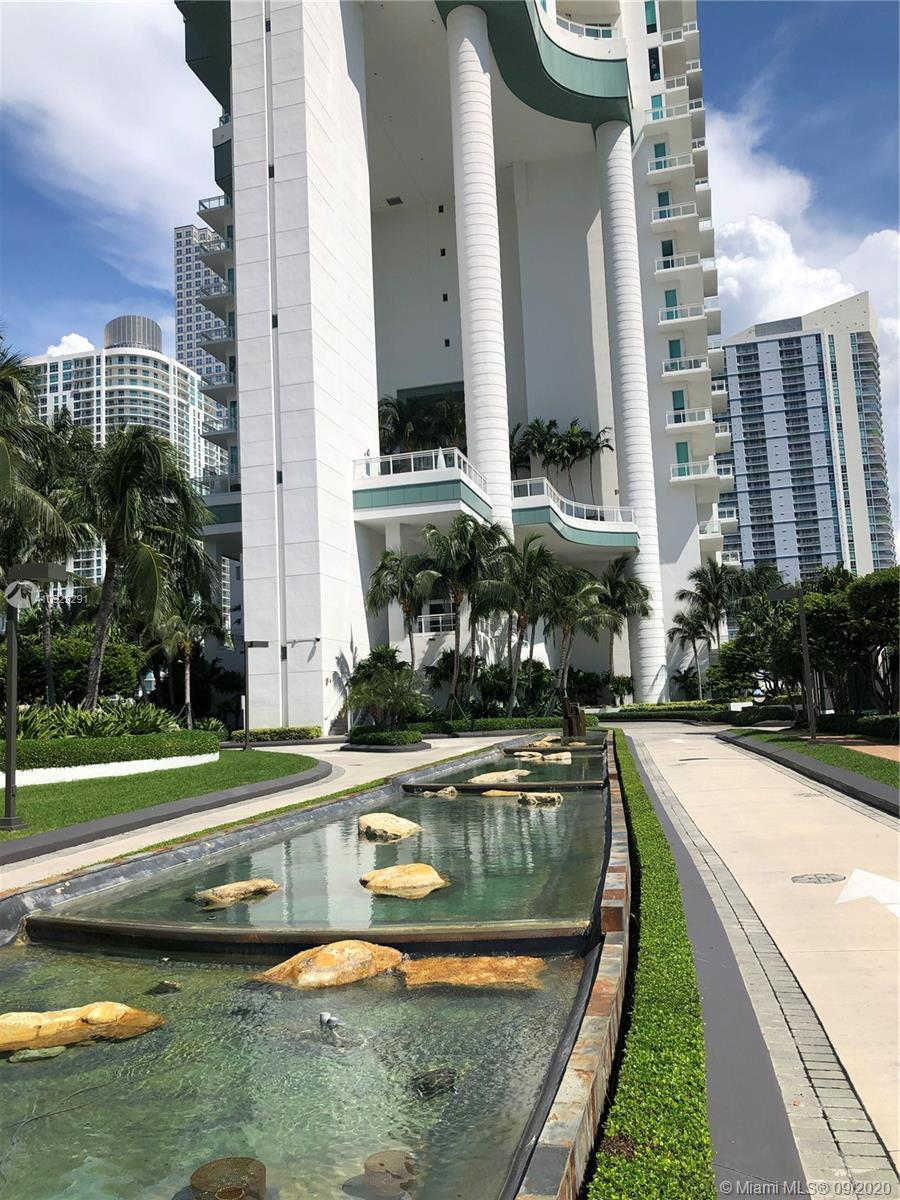 SPECTACULAR DESIGNER TURN-KEY. 3bed / 3.5 bath CORNER UNIT WITH BREATHTAKING VIEWS!!! From the most luxurious and exclusive building in Brickell Key. Private elevator, 12' foot ceilings, marble floors throughout the apartment, top of the line gourmet kitchen appliances (Subzero and Miele). Fabulous amenities such as tennis court, swimming pool, lap pool, gym, sauna, racquetball court, 24hr concierge, valet and security. MUST SEE!!!