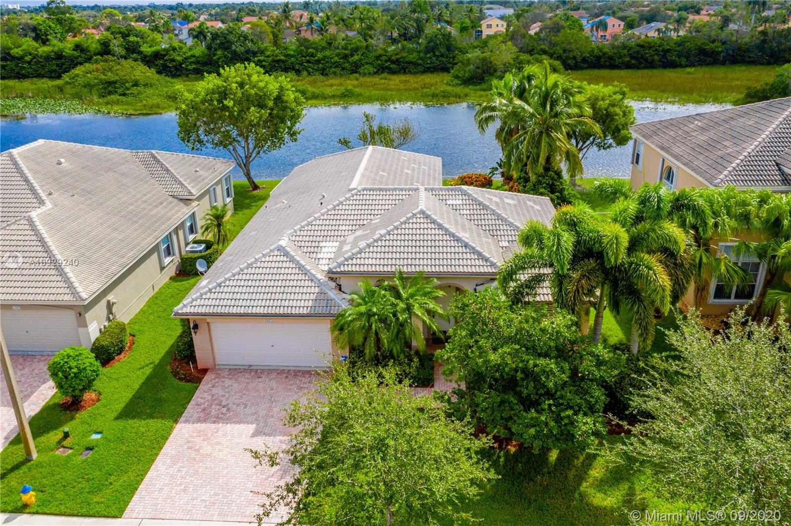 1075 NW 167th Ave  For Sale A10929240, FL