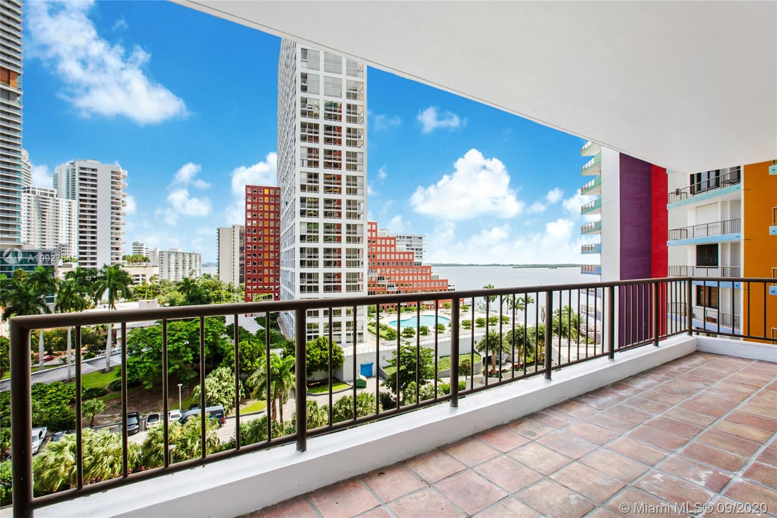 1581  Brickell Ave #508 For Sale A10927645, FL