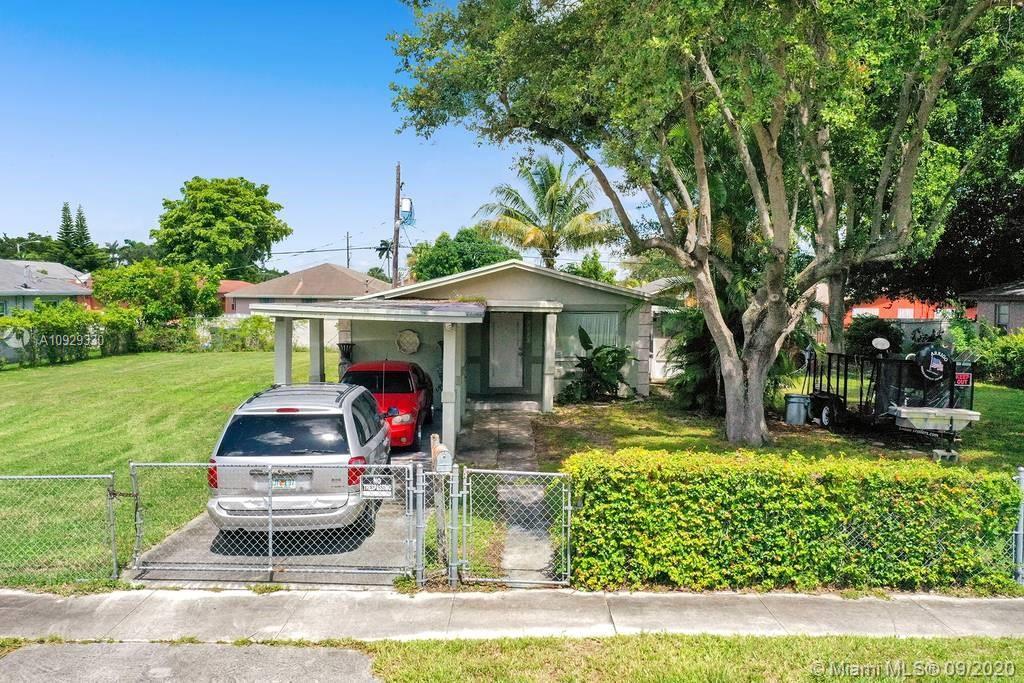 2339 S Douglas St  For Sale A10929330, FL