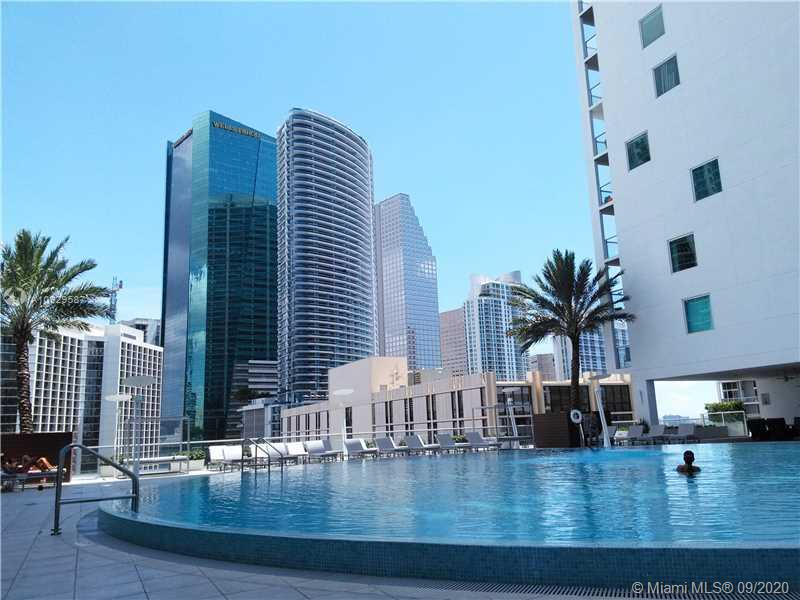 Gorgeous apartment located in the heart of Brickell. BUILDING HAS RESORT LIKE AMENITIES INCLUDING; 2 POOLS, 3 LOUNGES, BILLIARDS, A THEATER, A STATE OF THE ART GYM AND MORE. VERY CENTRALLY LOCATED WITH SHOPS AND DINING A FEW STEPS AWAY!24-hour security, Convenient mail and package reception & concierge. Four high-speed resident elevators. 42nd floor heated rooftop pool and deck with incredible views of Biscayne Bay and Downtown Miami. Eleventh floor pool deck with circular infinity. New Floor and new white paint.