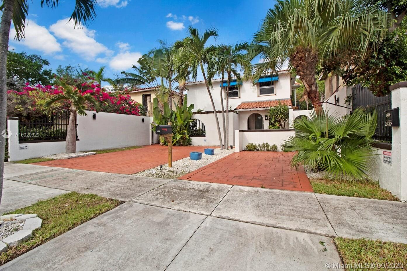 665 SW 19th Rd  For Sale A10929629, FL