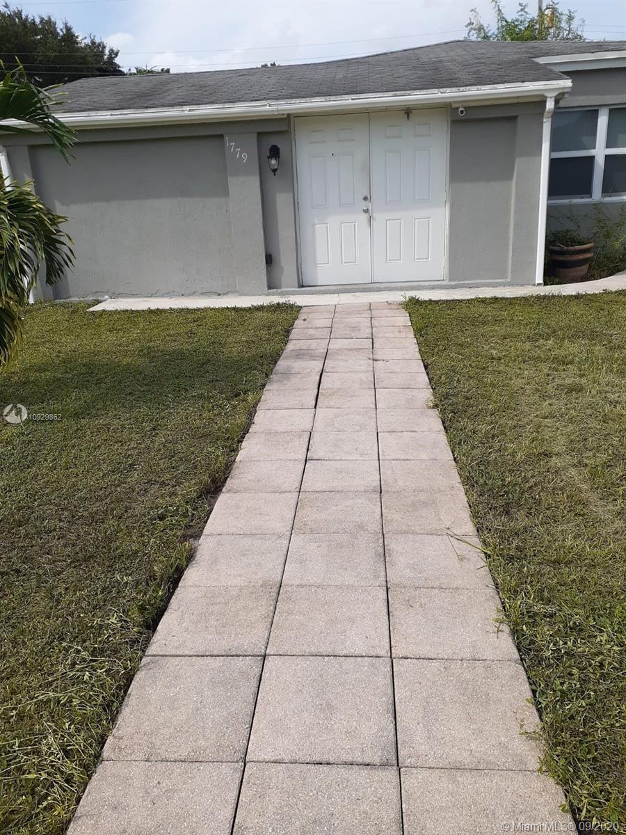 1779 NE 175th St  For Sale A10929862, FL