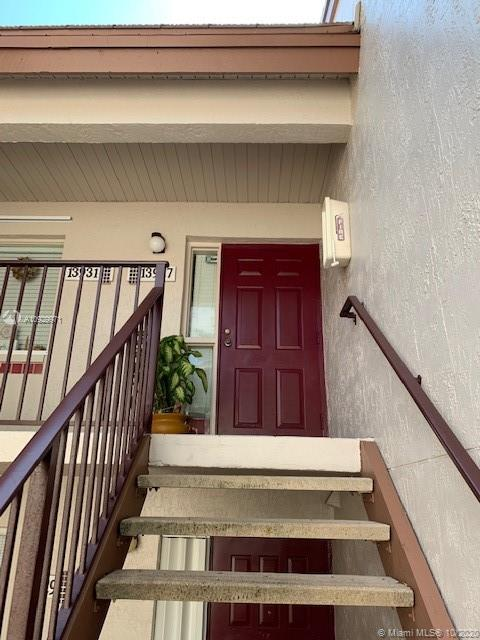 13927 SW 91st Ter #13927 For Sale A10929971, FL
