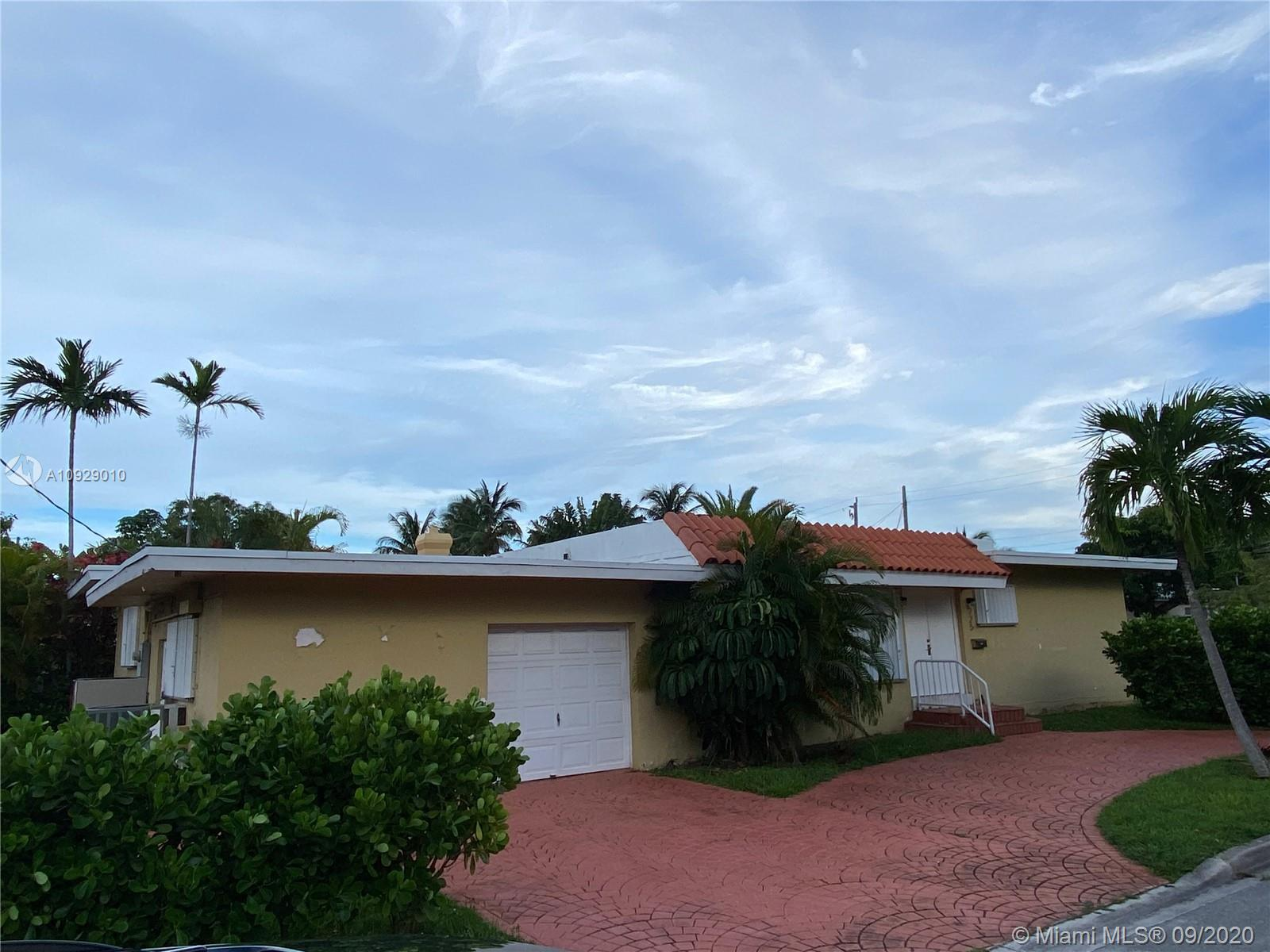 725  91st St  For Sale A10929010, FL