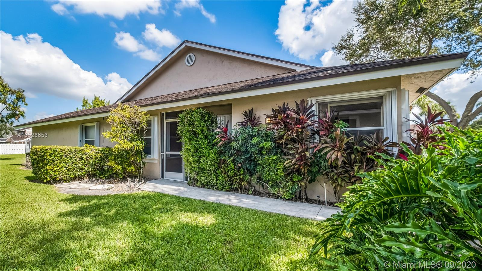 Beautiful ! 2 bedroom, two bathroom, one car garage, corner unit Townhouse located at the peaceful all age community Crystal Key Pointe. It features tile floors, vaulted ceilings, eat-in kitchen with breakfast bar, split bedrooms, walk in closets, washer and dryer, screened patio overlooking grass area, and accordion hurricane shutters all over.Crystal Key Pointe is a pet friendly all ages Community with pool, clubhouse, and tennis court. The HOA maintenance includes: building exterior, roof, insurance, lawn, recreational facilities, and common areas. Crystal Key Pointe is close to major highways, shopping and dining. Come and make it your home !
