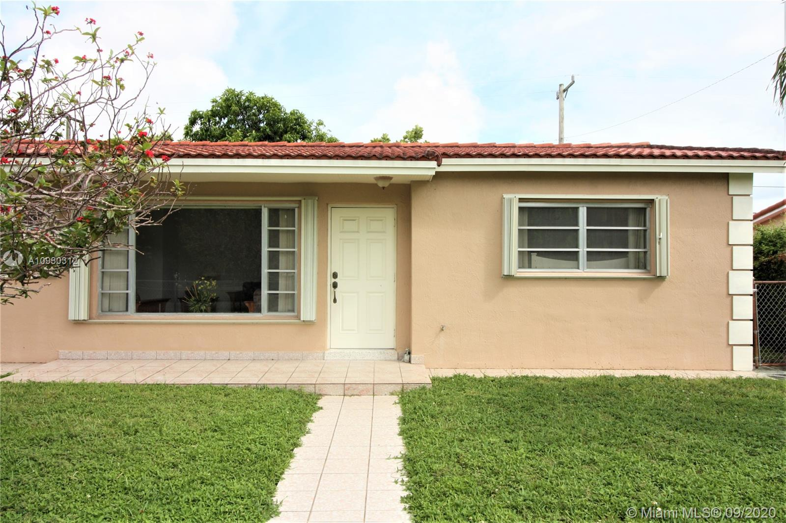 561 W 37th Pl  For Sale A10930312, FL