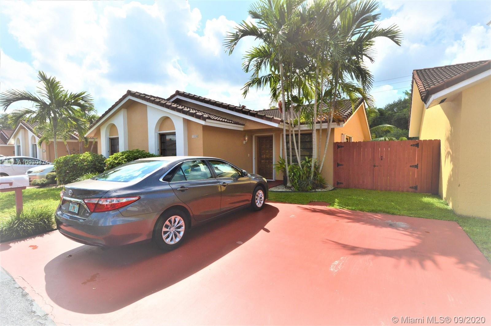 11226 SW 75th Ter  For Sale A10930474, FL
