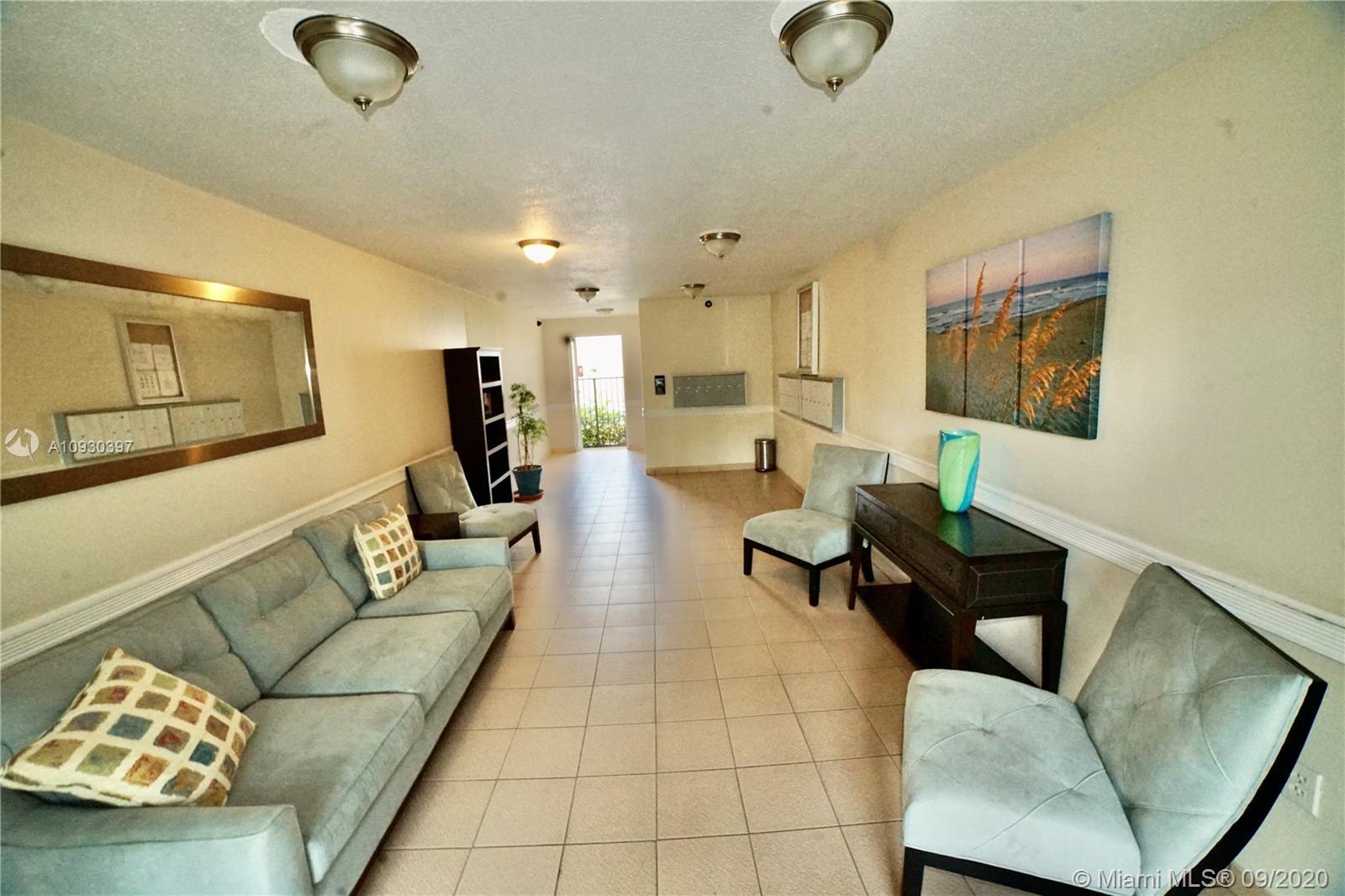 1821  Jefferson Ave #202 For Sale A10930397, FL