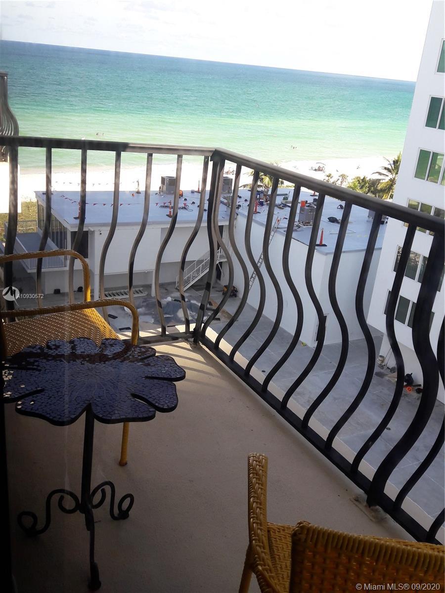 5415  Collins Ave #PH-D For Sale A10930572, FL