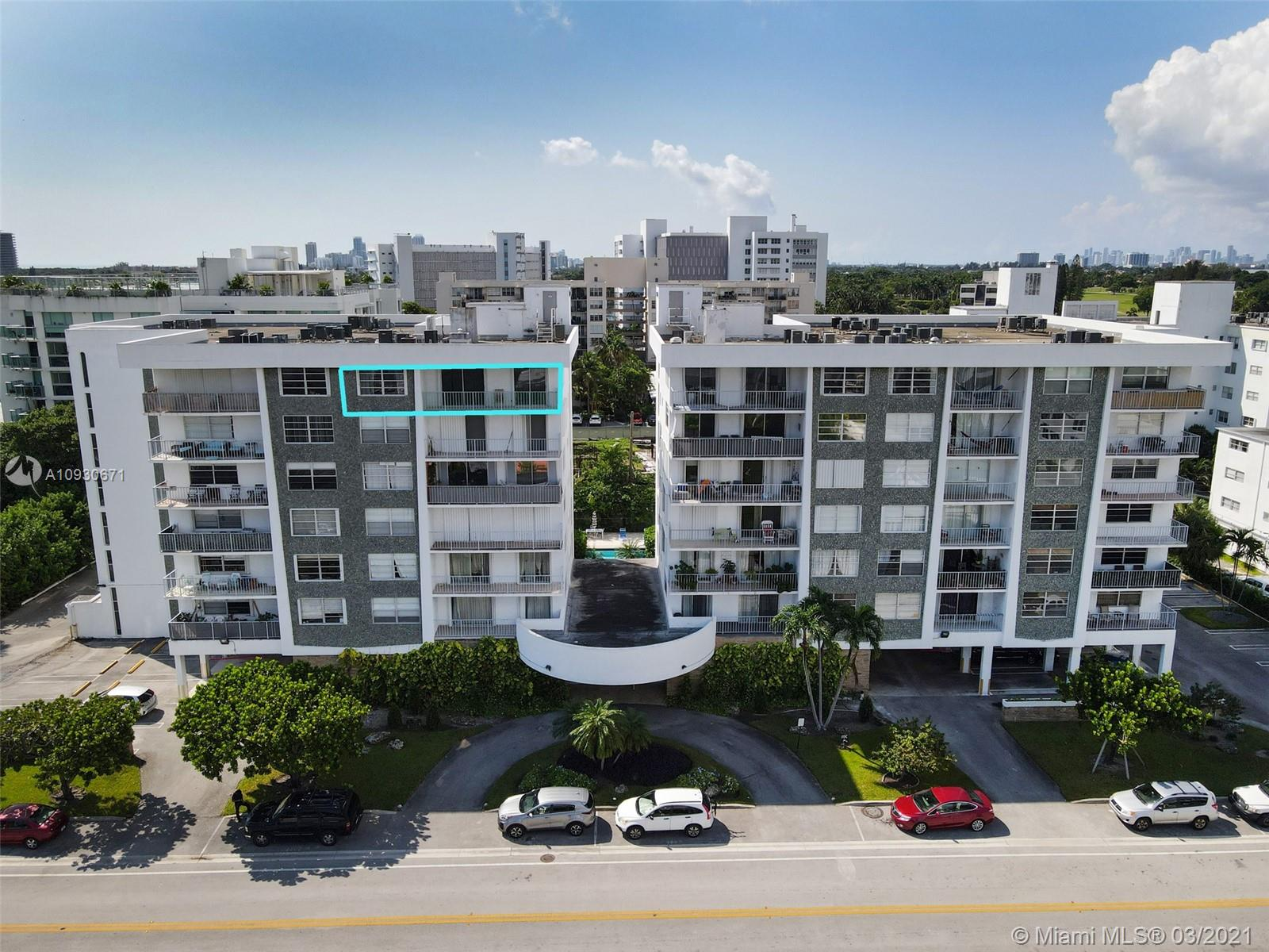 1050  93rd St #7F For Sale A10930671, FL