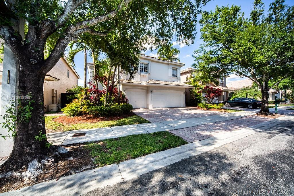 10949 NW 73 Terrace  For Sale A10930396, FL