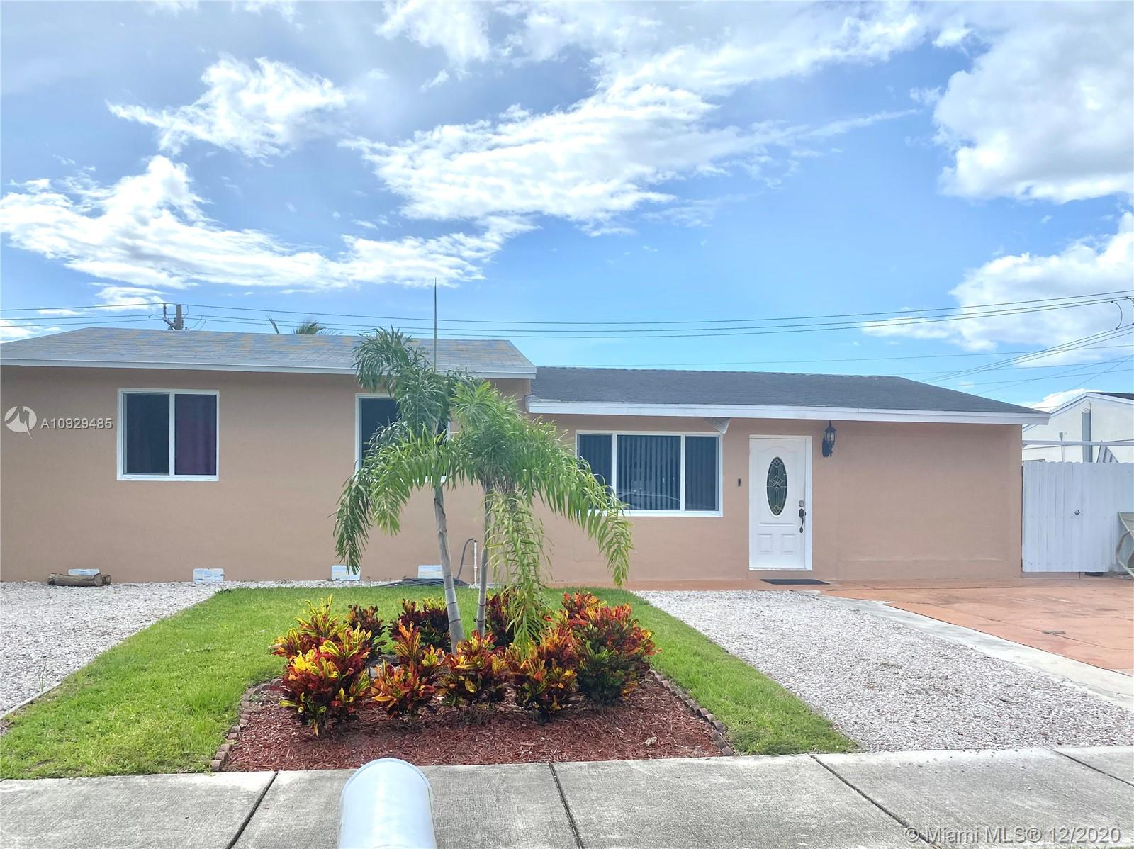 1311 SW 46th Ave  For Sale A10929485, FL