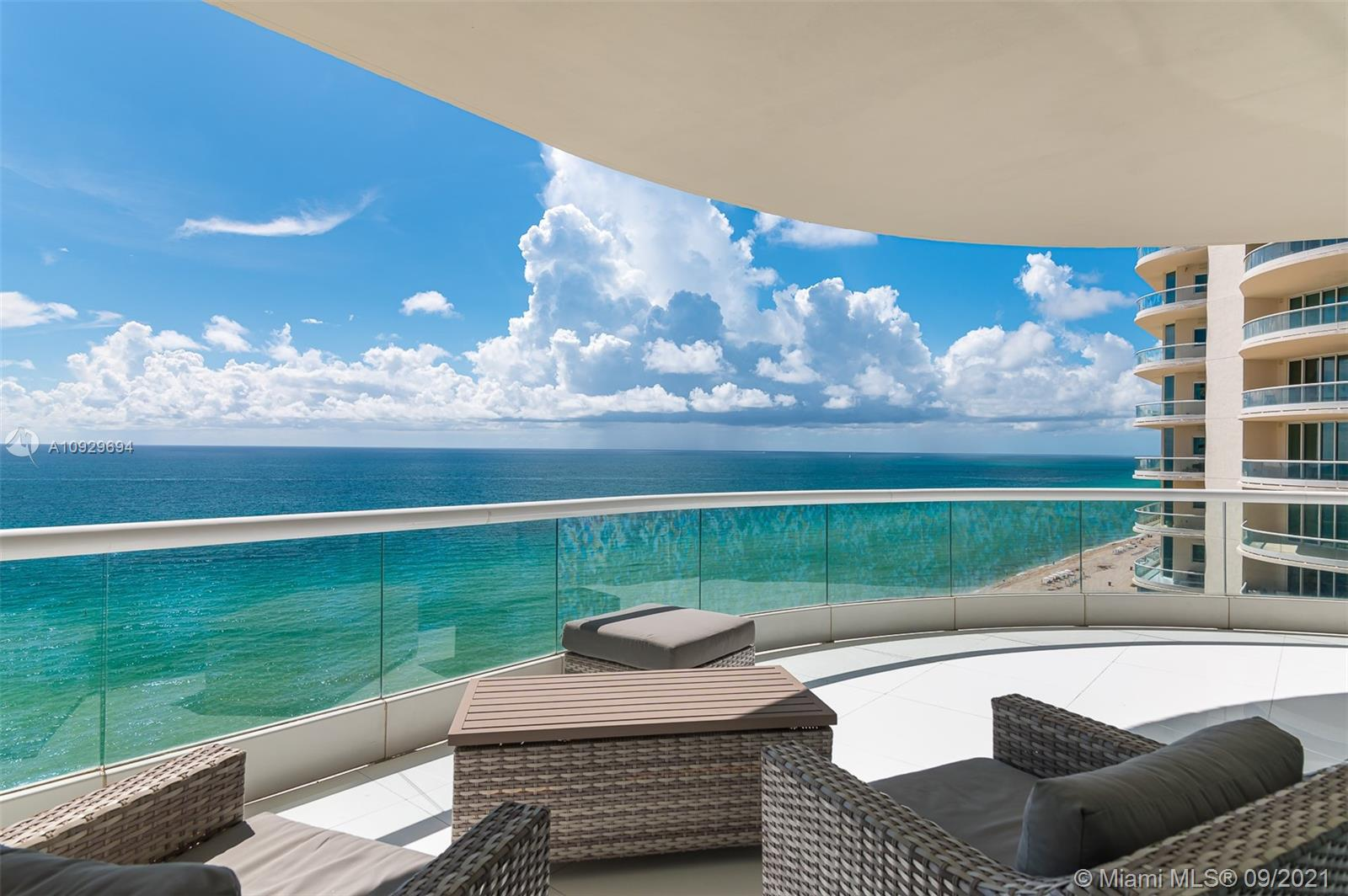 16051  Collins Ave   1401-1
