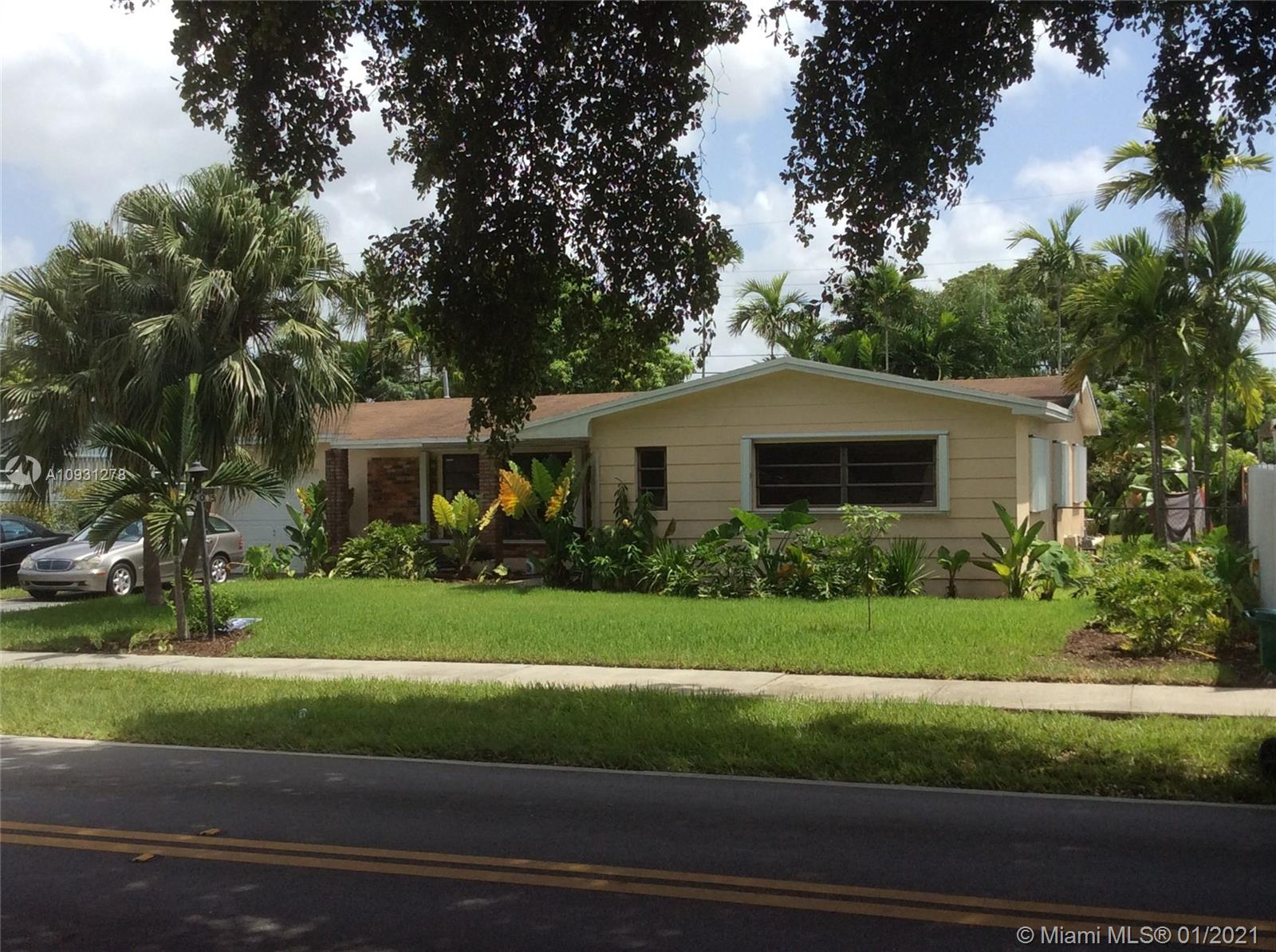 2035 SW 84th Ave  For Sale A10931278, FL
