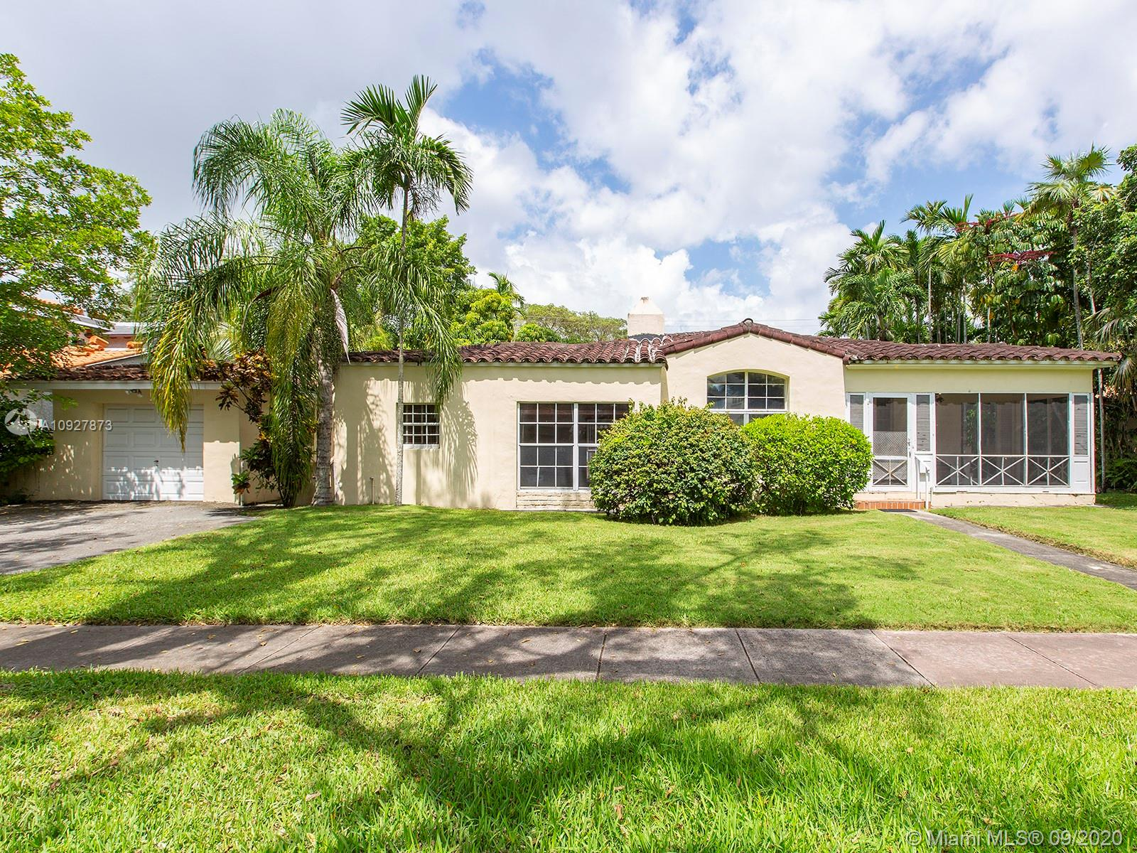 737  Minorca Ave  For Sale A10927873, FL