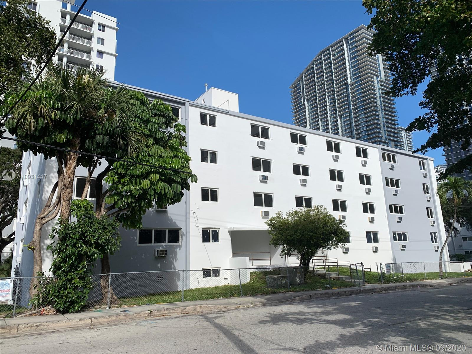 143 SW 9th St #Type 2 For Sale A10931447, FL
