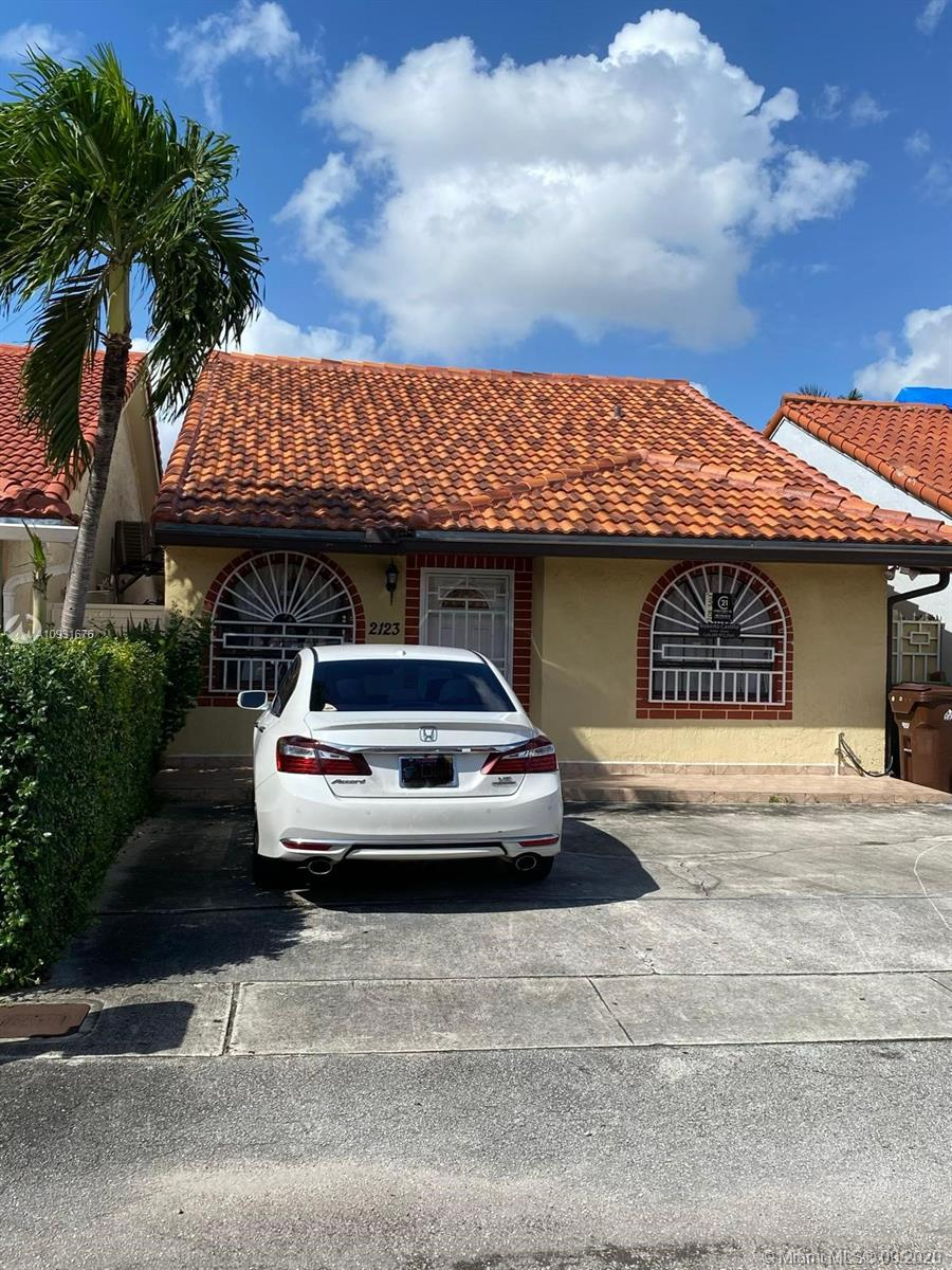 2123 W 55th St  For Sale A10931676, FL