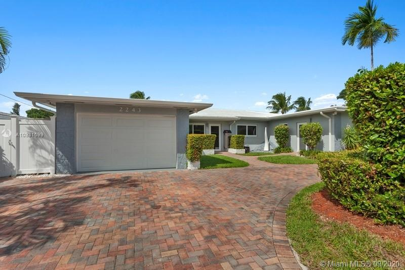 2243  Bayview Ln  For Sale A10931699, FL