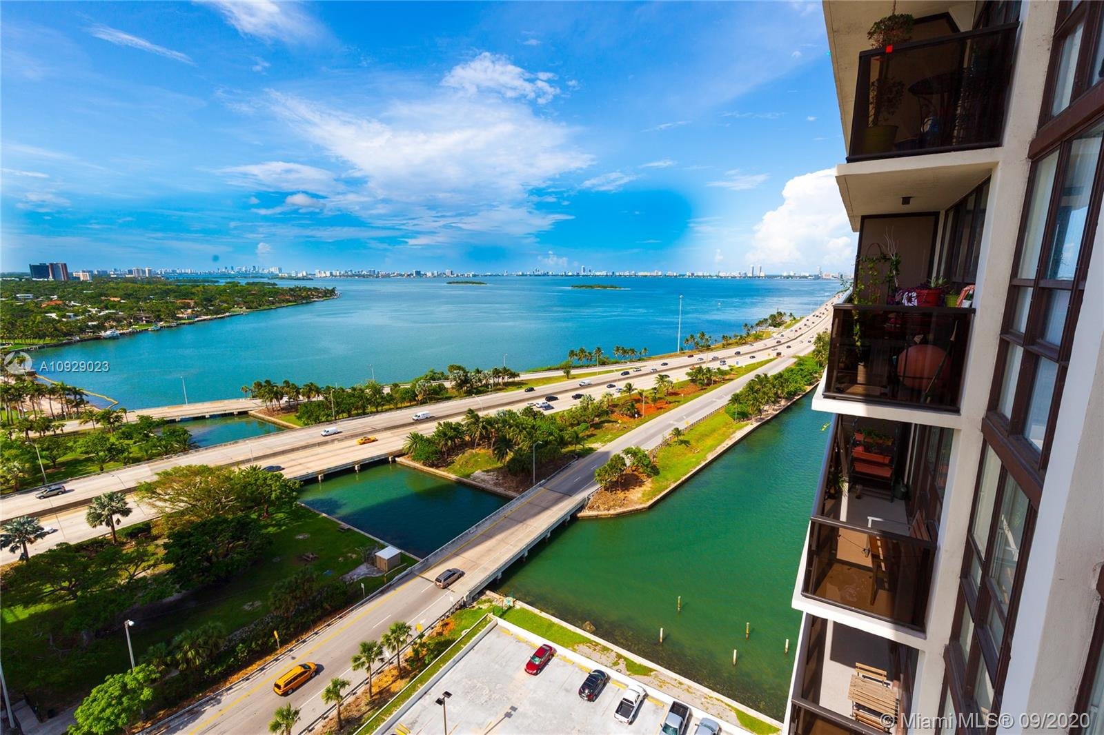 600 NE 36th St #2005 For Sale A10929023, FL