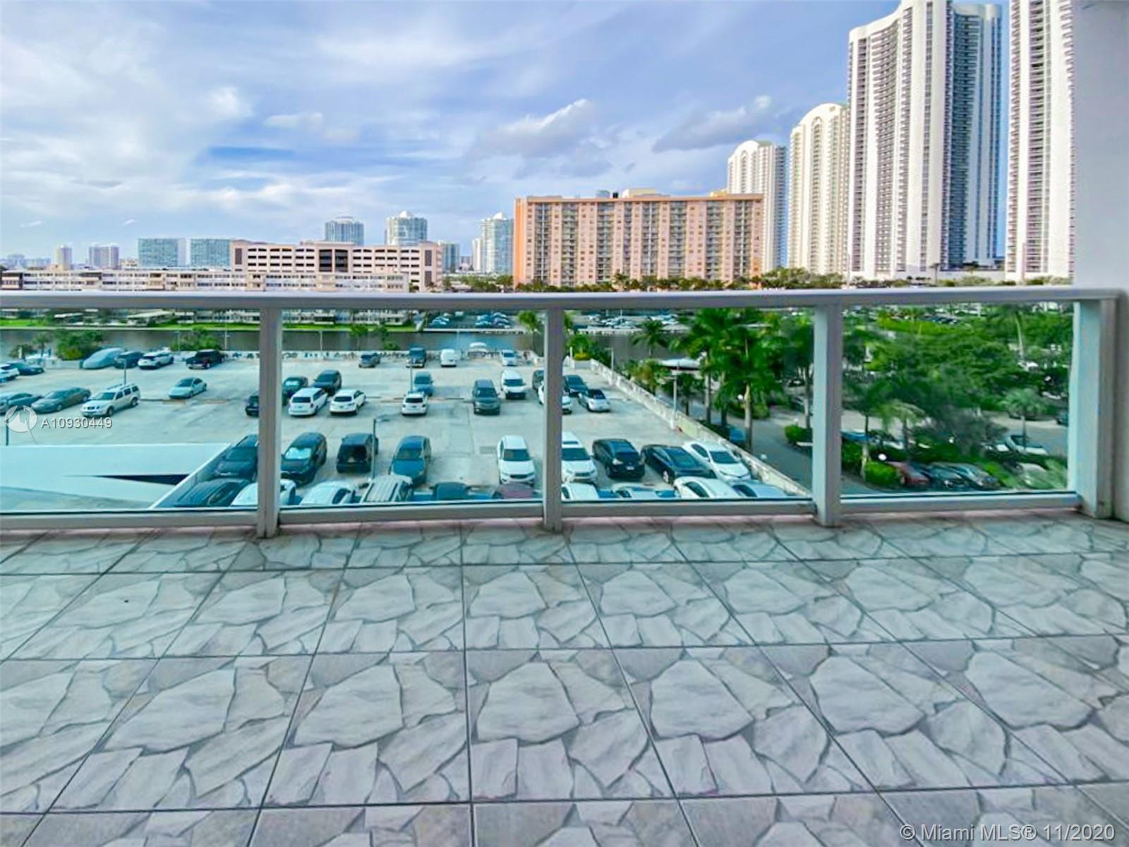 100  Bayview Dr #628 For Sale A10930449, FL