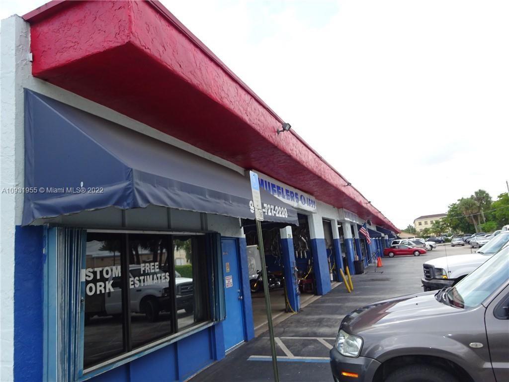 214 Margate Ct, Margate, FL 33063